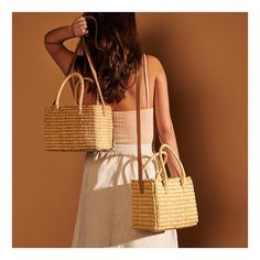 Nannacay (@nannacay) • Fotos e vídeos do Instagram Wicker Baskets, Straw Bag, Burlap, Reusable Tote Bags, Instagram, Fashion, Photo Style, Fotografia, Moda
