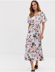 French Connection Armoise floral maxi wrap dress at ASOS. Shop this season's must haves with multiple delivery and return options (Ts&Cs apply). Bell Sleeve Dress, Short Sleeve Dresses, Evening Attire, Chelsea Flower Show, Maxi Wrap Dress, Floral Maxi, French Connection, Fashion Dresses, Cold Shoulder Dress