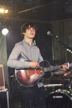 Jake Bugg - One of the best musicians out there today.