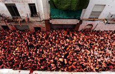 La Tomatina - Valencia, Spain (The Great Tomato Fight!)