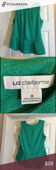 "LIZ CLAIBORNE SLEEVELESS PEPLUM TOP - NWOT! SIZE M This pretty emerald green sleeveless top can be worn with jeans, shorts or to the office!  It features an invisible zipper in the back, pleated top, and a section of peplum (to cover that little ""bulge"" we get as we get older!). This top is NWOT. Liz Claiborne Tops Blouses"