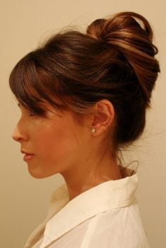 Cute yet simple classy updo hairstyle