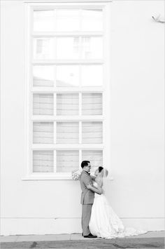 Gorgeous black and white moment captured by Peterson Design & Photography. #wchappyhour #weddingchicks http://www.weddingchicks.com/2014/08/25/wedding-chicks-happy-hour-45/