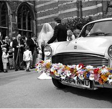 Mr & Mrs Unique :: Unique Wedding Services