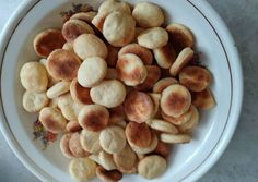 Breakfast sausage casserole mushrooms ideas for 2019 Breakfast For A Crowd, Breakfast At Tiffanys, Eat Breakfast, Gluten Free French Toast, Eggs In Muffin Tin, Breakfast Casserole Sausage, Healthy Breakfast Smoothies, Dairy Free, Stuffed Mushrooms