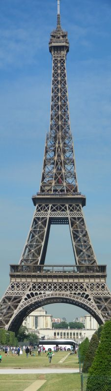 Vertical Panoramic of the Eiffle Tower