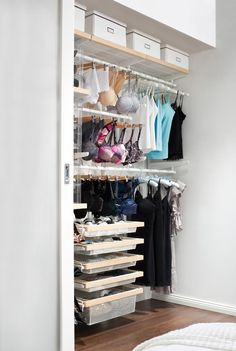 A mini-dressing room for your favorite lingerie! The day I have more space I will have this!