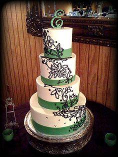 Black Green Monogrammed Round Spring Summer Wedding Cakes Photos & Pictures…