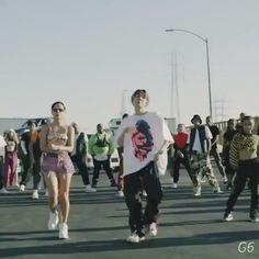 Bts Jungkook, Hoseok Bts, Bts Memes, K Pop, Shop Bts, Beatles, J Hope Dance, Les Bts, Bts Dancing