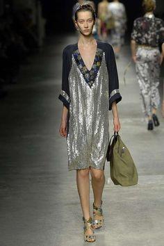 Runway / Dries Van Noten / Paris / Frühjahr 2008 / Kollektionen / Fashion Shows / Vogue