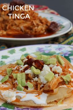 Chicken Tinga Recipe, Spicy Chicken Recipes, Authentic Chicken Taquitos Recipe, Authentic Chicken Tacos, Authentic Mexican Tacos, Real Mexican Food, Mexican Food Recipes, Ethnic Recipes, Mexican Cooking