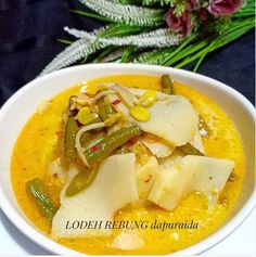 resep sayur lodeh instagram Fried Banana Recipes, Vegetarian Recipes, Cooking Recipes, Fried Bananas, Meal Prep Plans, Indonesian Food, Thai Red Curry, Crockpot, Fries