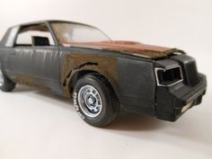 1990s Buick Gran National 1/24 scale model by classicwrecks. Awesomness!!! Love the detail.