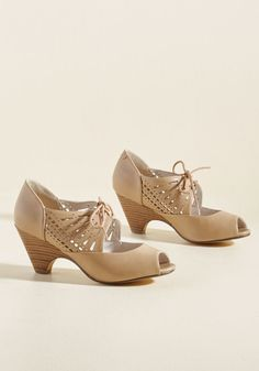 6af00cb5b1f 96 Best Shoes images in 2019 | Shoes, Boots, Crazy shoes