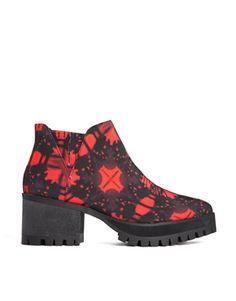YRU Wolf Chunky Sole Boots