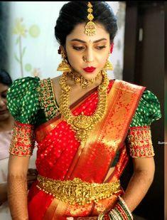Bridal Sarees South Indian, Bridal Silk Saree, Indian Bridal Fashion, Pattu Saree Blouse Designs, Bridal Blouse Designs, Golden Saree, Half Saree Lehenga, Saree Draping Styles, Kerala Bride