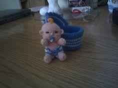 Zwaantje Creatief: Gratis patroon van mijn babypopje behorend bij het wiegje patroon staat bij de maand mei!!!