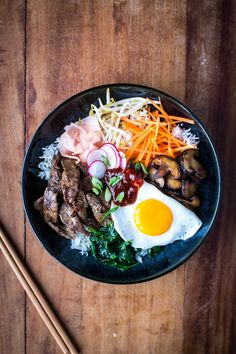 Asian Recipes, Healthy Recipes, Ethnic Recipes, Healthy Meals, Yummy Recipes, Healthy Food, Striploin Steak, Bibimbap Recipe, Pork Dishes