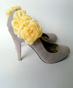 Bridal  Yellow Shoe Clips Flowers with Pearls Accent-Wedding Shoe Clips