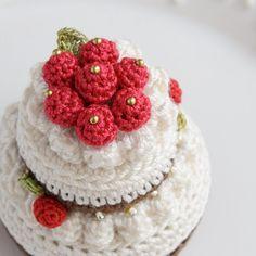 Amigurumi cake case