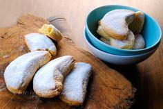 #Kourabiedes #biscotti greci alle #mandorle