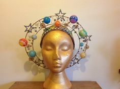 Crazy Hat Day, Crazy Hats, Theme Galaxy, Space Costumes, Angel Halo, Costume Makeup, Solar System, Headdress, Costume Design