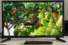 Star-Light 22DM3000 - probabil cel mai ieftin TV Full HD . Star-Light 22DM3000 este probabil cel mai ieftin TV Full HD de pe piață. Are o diagonală de 55 cm și cântărește mai puțin de 2 kg. https://www.gadget-review.ro/star-light-22dm3000/