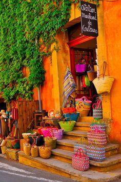 shops, designer handbags, colors, garden arches, summer bags, baskets, place, designer bags, provence france