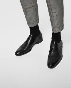 Image 2 of BLACK SMART LEATHER SHOES from Zara