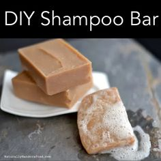 Everyone in my family uses my DIY solid shampoo bar. Yes, I wash my hair using a DIY solid shampoo bar too. This DIY solid shampoo bar is made with all natural, palm-free, vegan ingredients. I prefer the DIY solid shampoo bar over a store-bou Diy Shampoo, Homemade Shampoo, Solid Shampoo, Natural Shampoo, Shampoo And Conditioner, Homemade Conditioner, Natural Hair, Natural Soaps, Lush Shampoo Bar