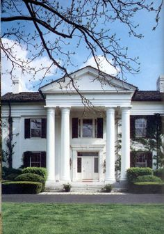 Payson stud the manor house is considered one of the for Casa revival gotica