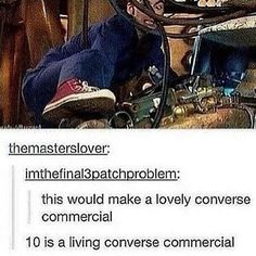 The tenth doctor is a living converse commercial, definitely. He's the reason I bought mine! David Tennant, Space Man, Sherlock, Crossover, Supernatural, 10th Doctor, Fandoms, Don't Blink, Torchwood