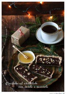 Crostata al Cioccolato con Miele e Nocciole