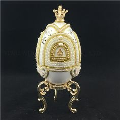 This exquisite and romantic Goose Egg Musical Box is delicately hand carved and adorned with faux pearls.It is genuine goose egg shell treated with reinforcement method. Russian Art, Hand Carved, Jewelry Box, Carving, Bling, Romantic, Music, Gifts, Accessories
