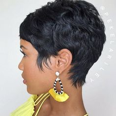 Popular Short Haircuts 2018 – hort haircuts are possessing a foremost era at this moment. From iconic pixie cut to bangs and fringes,. Popular Short Haircuts, Short Pixie Haircuts, Short Black Hairstyles, Pixie Hairstyles, Cute Hairstyles, Latest Haircuts, Hairstyles 2018, Braid Hairstyles, Short Sassy Hair