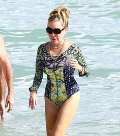 """Celebrity beach cruising 2016:     """"The Real Housewives Of Miami"""" star Marysol Patton was spotted out relaxing in the ocean with a frie... - VEM/FAMEFLYNET PICTURES/Fame Flynet"""