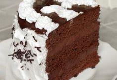 Étcsokoládé torta kétféle krémmel | NOSALTY – receptek képekkel