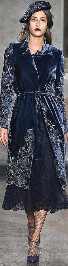 Milan Fashion Week.           Louisa Beccaria.          Fall/Winter 2015 .         Ready-To-Wear..