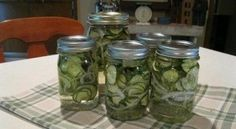As the old saying goes, if you have one cucumber you have many, so it's time for making pickles!