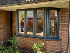Wow check out this stylish windows decor - what an inspired design and development Cottage Windows, Garden Windows, House Windows, Windows Decor, Bay Windows, Painted Upvc Door, Anthracite Grey Windows, Grey Window Frames, House Extension Plans