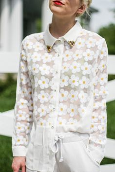 floral daisy shirt from oliviashutey.blogspot.fr
