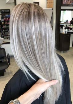 Stunning Ash Blonde Hair Color Ideas & Trends for 2018 Hair-Nails Style Ash Blon. - Stunning Ash Blonde Hair Color Ideas & Trends for 2018 Hair-Nails Style Ash Blonde Color Hair ideas - Silver Blonde Hair, Blonde Hair Looks, Blonde Hair Shades, Ashy Blonde Hair, Ash Blonde Balayage Silver, Natural Ash Blonde, Pearl Blonde, Highlighted Blonde Hair, Cool Toned Blonde Hair