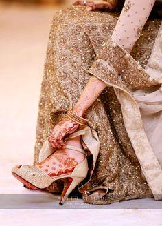 Artive studio Adeeb Ahmad photography Pakistani Bridal Wear, Pakistani Wedding Dresses, Indian Bridal Photos, Bridal Pics, Et Tattoo, Bridal Sandals, Bridal Shoe, Stylish Dpz, Wedding Wear