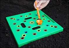 Seeding Square - Lee Valley Tools