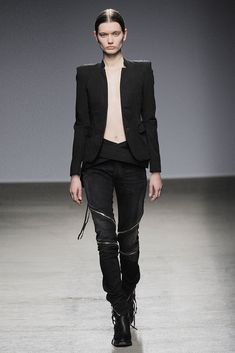Nicolas Andreas Taralis Fall 2010 Ready-to-Wear Collection Photos - Vogue