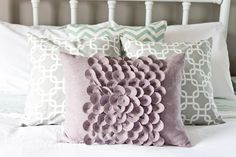objective:home: DIY Pillow Cover. To Sew or Not To Sew.