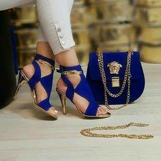 by Versace 2704 - Bag, High Heel Combine shoes casuales cómodos de vestir deportivos hermosos hombre mujer vans Pretty Shoes, Beautiful Shoes, Cute Shoes, Fashion Bags, Fashion Shoes, Blue Fashion, Sacs Design, Shoes Sneakers, Shoes Heels