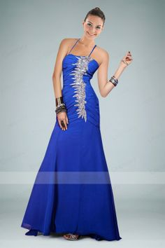 Imposing Floor-length Evening Dress with Scalloped Beaded Appliques