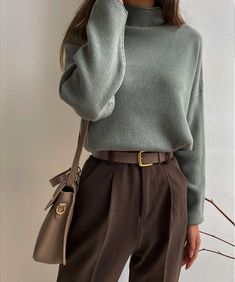 Winter Fashion Outfits, Look Fashion, Fall Outfits, Fashion Pants, 90s Fashion, Fashion 2020, Fashion Types, Outfit Winter, Fashion Today