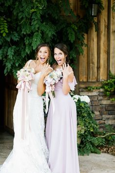 Rocking rustic wedding with off shoulder ruffled bridesmaid dress from Tulle and Chantilly Ruffles Bridesmaid Dresses, Brides And Bridesmaids, Wedding Dresses, Wedding Blog, Wedding Photos, Wedding Ideas, Wedding Receptions, Rustic Wedding, Wedding Planning